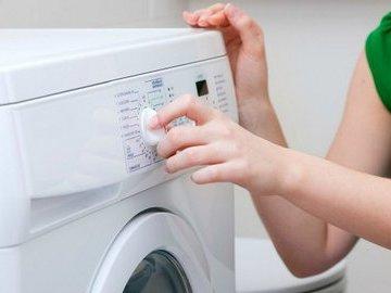 Не все знают, что эти вещи можно стирать в стиральной машине