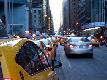 Большинство московских таксистов не соблюдают меры по профилактике COVID-19