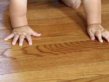 Как правильно чистить деревянные полы
