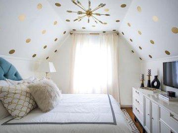 13 советов, как обустроить небольшую спальню
