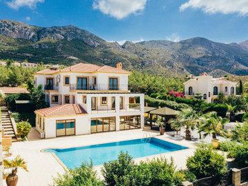 На Кипре упал спрос на жилье со стороны иностранцев