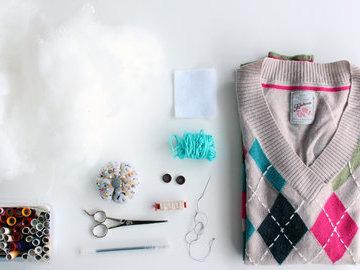 Что и как можно сделать из старого свитера: несколько оригинальных идей