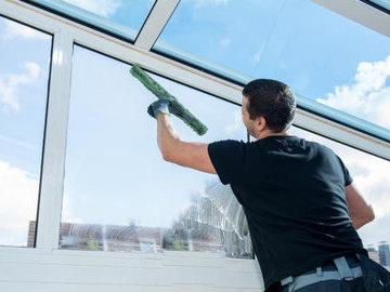 Как помыть окна быстро и без разводов?