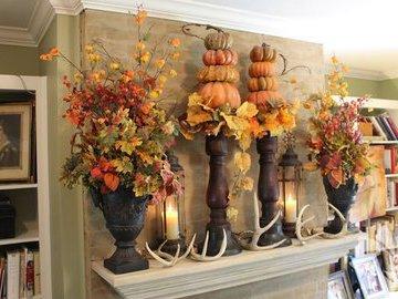 Как украсить интерьер осенними листьями