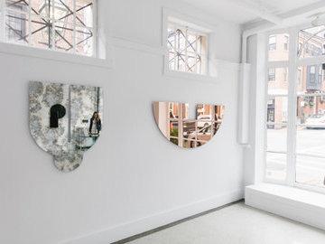 Дизайнеры из США создали необычные зеркала