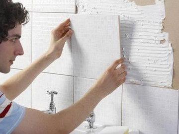 Как уложить плитку в ванной самостоятельно