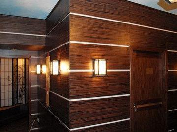 Правила установки панелей из дерева на стены