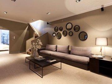 Способы декорирования стен в гостиной