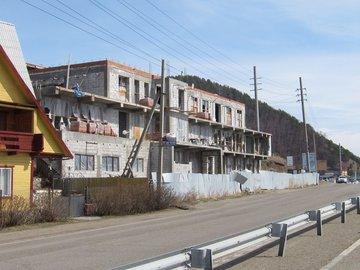 Самострой на берегу Байкала снесут по решению суда